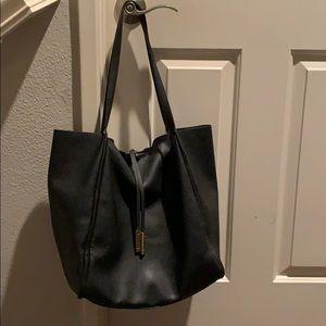 Handbags - Large black tote bag